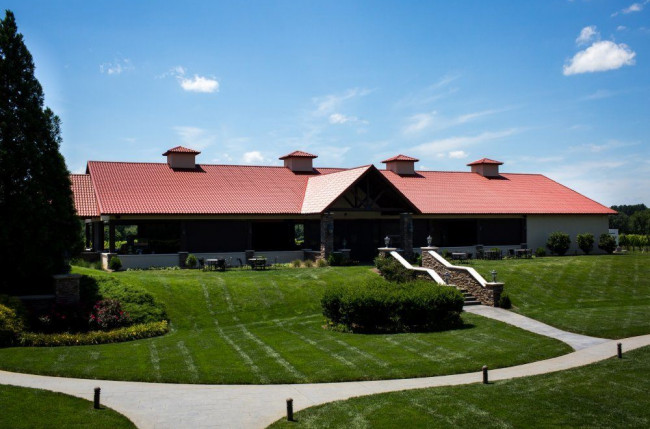 Childress Vineyards Pavilion Retractable Screens Project Image 11