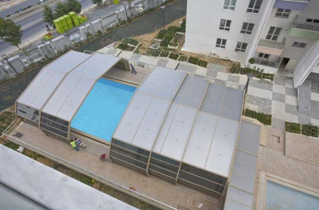Apartment Pool Enclosure Project #4710 Image 3