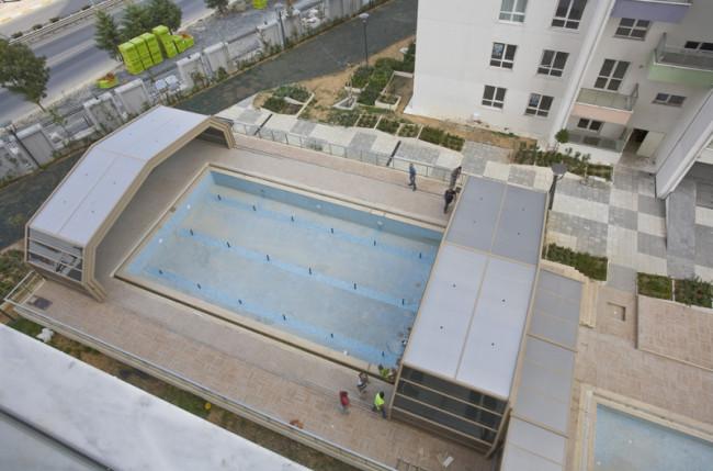 Apartment Pool Enclosure Project #4710 Image 8