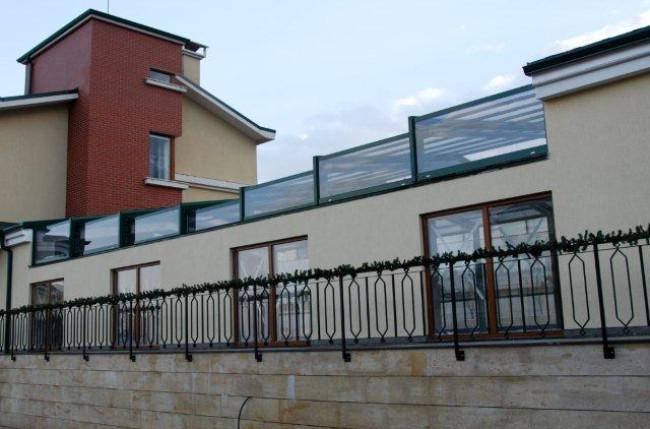 Sofia Pool Enclosure Project #4583 Image 2