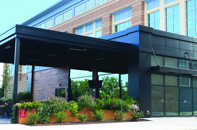 Restaurant Retractable Wall Project #2401 Image 1