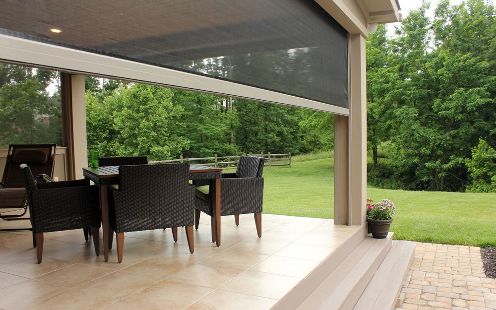 OUTDOOR BREEZES<br /> WITHOUT SIX-LEGGED GUESTS
